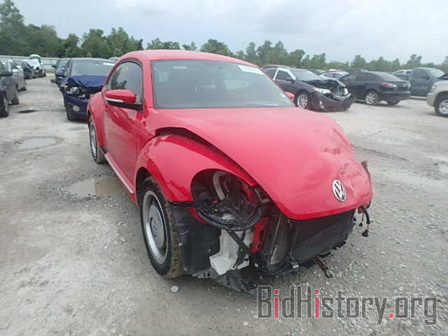Photo 3VWJX7AT0CM649054 - VOLKSWAGEN BEETLE 2012