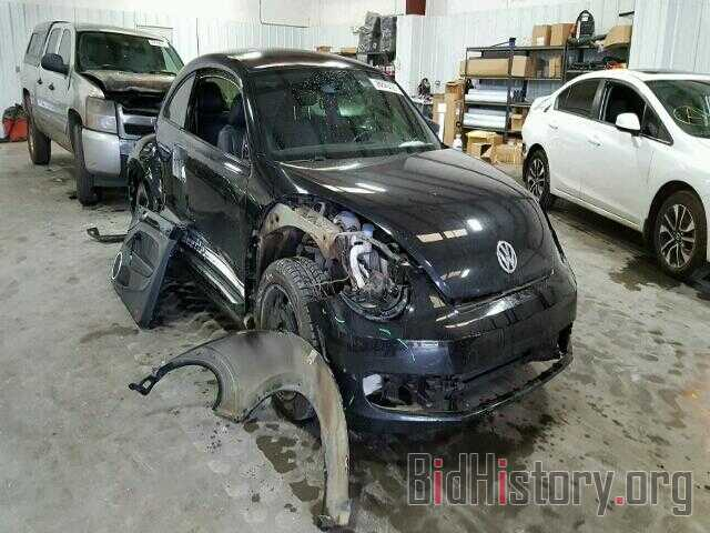 Photo 3VWJX7AT4CM649512 - VOLKSWAGEN BEETLE 2012