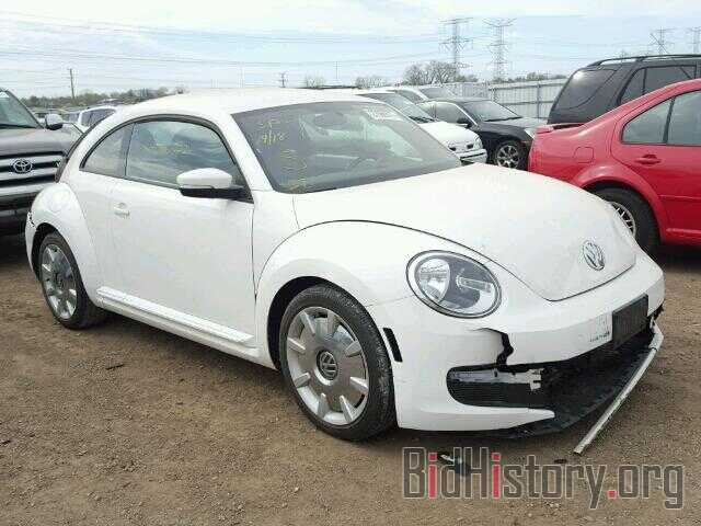Photo 3VWJP7AT1CM649872 - VOLKSWAGEN BEETLE 2012