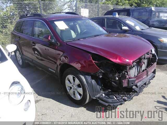 Photo 4S4BRCKCXB3433975 - Subaru Outback 2011