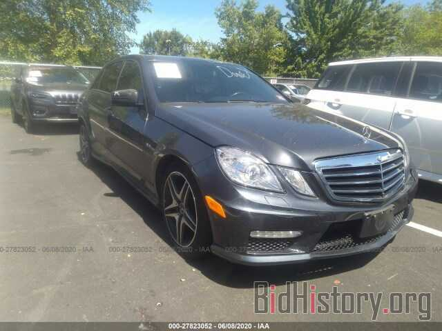 Photo WDDHF8HB6BA416983 - MERCEDES-BENZ E-CLASS 2011