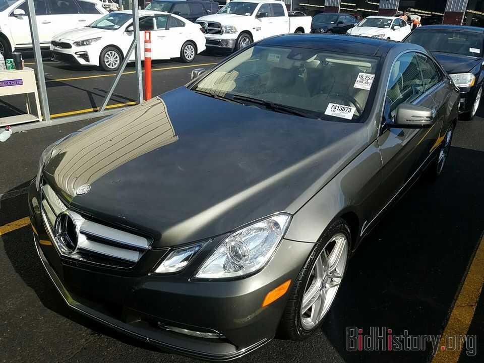 Photo WDDKJ5KB6DF220267 - Mercedes-Benz E-Class 2013