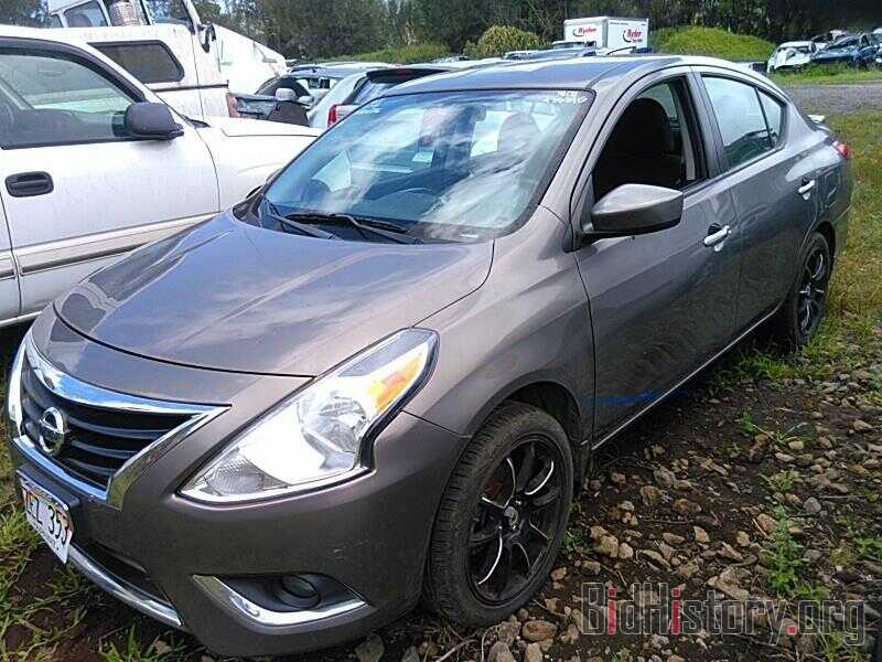 Photo 3N1CN7AP6HL806736 - Nissan Versa Sedan 2017