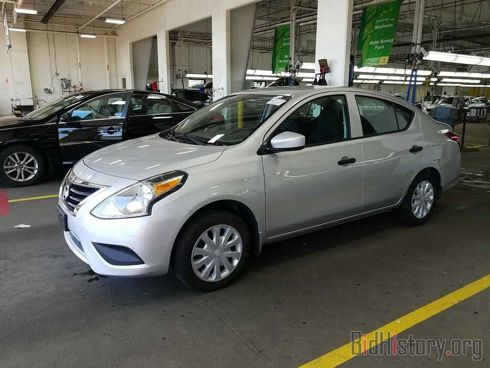 Photo 3N1CN7AP8HL870423 - Nissan Versa Sedan 2017