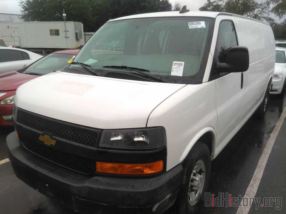 Photo 1GCWGBFG6L1143412 - Chevrolet Express Cargo Van 2020